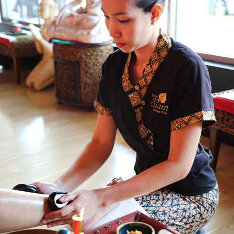 Reflexology Foot Massage by Bangkok Spa Thai Massage Bondi